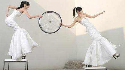 自行车婚纱.jpg