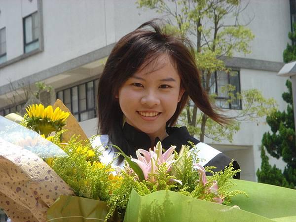 2005.6.4 畢業飄逸照
