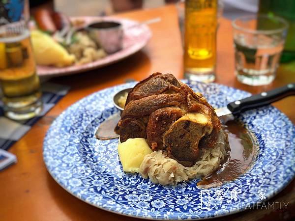 岩石區德式豬腳 雪梨有名的豬腳 Munich Brauhaus