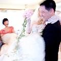 新娘抱,新娘很緊張