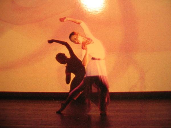 Dancing 001.jpg