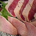海儷魚及鮪魚生魚片