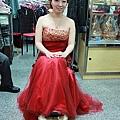 紅麗華麗的魚尾晚禮服
