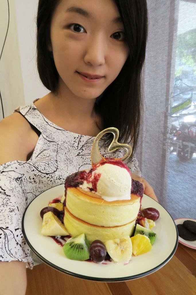 smoco cafe厚鬆餅6.jpg