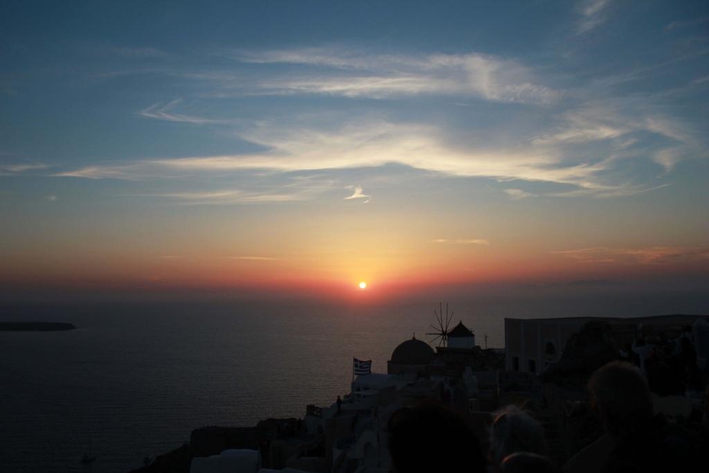 OIA SUNSET (2)