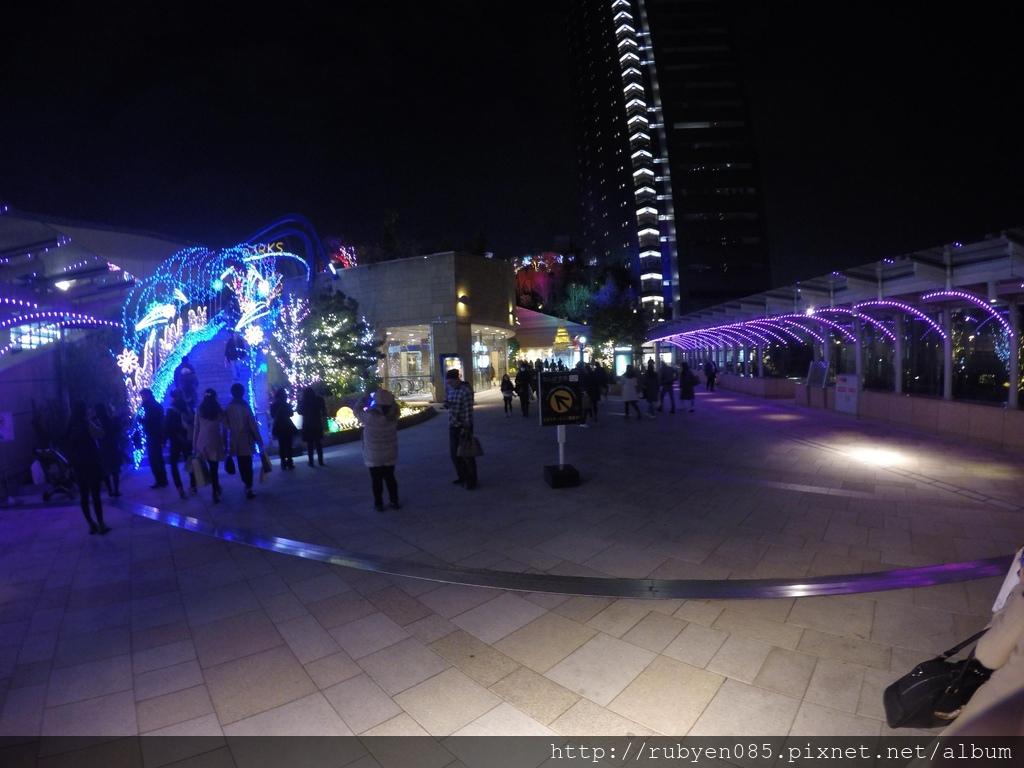 難波車站燈海 (37).jpg