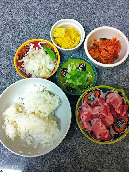 泡菜炒飯材料