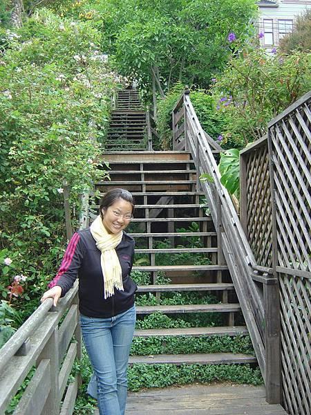 一路美美的樓梯景色