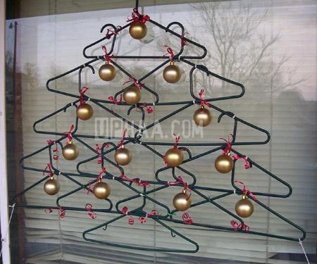 沒錢買聖誕樹,只好......-10.jpg