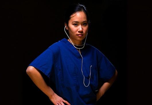 病患把小正妹當成醫生-1.jpg