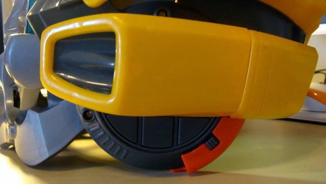 變形金剛大黃蜂造型頭盔-27.jpg