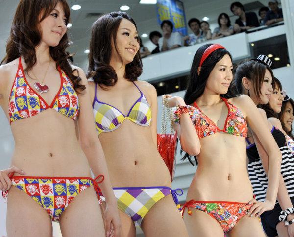 日本靚模熱辣泳裝秀-6.jpg