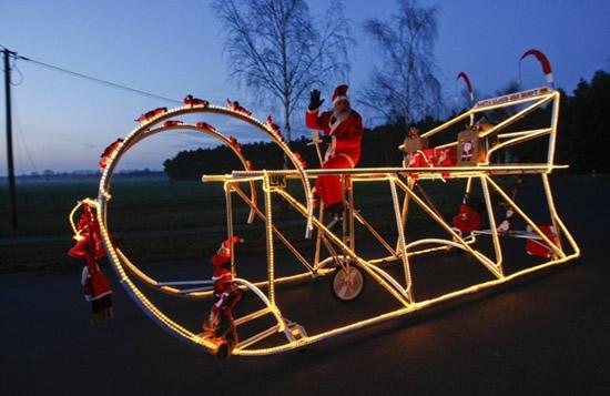 景氣不好~聖誕老公公騎車送禮物-1.jpg