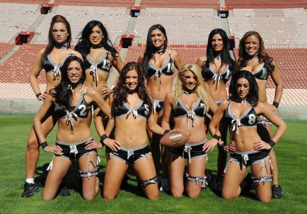 2010 女子內衣橄欖球賽-5.jpg