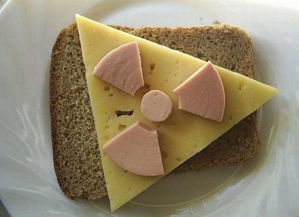 沒人敢吃的三明治.jpg