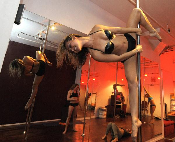 2010 鋼管舞大賽-1.jpg