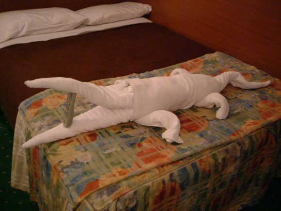 飯店退房後,服務生整理房間昏倒了-1.jpg
