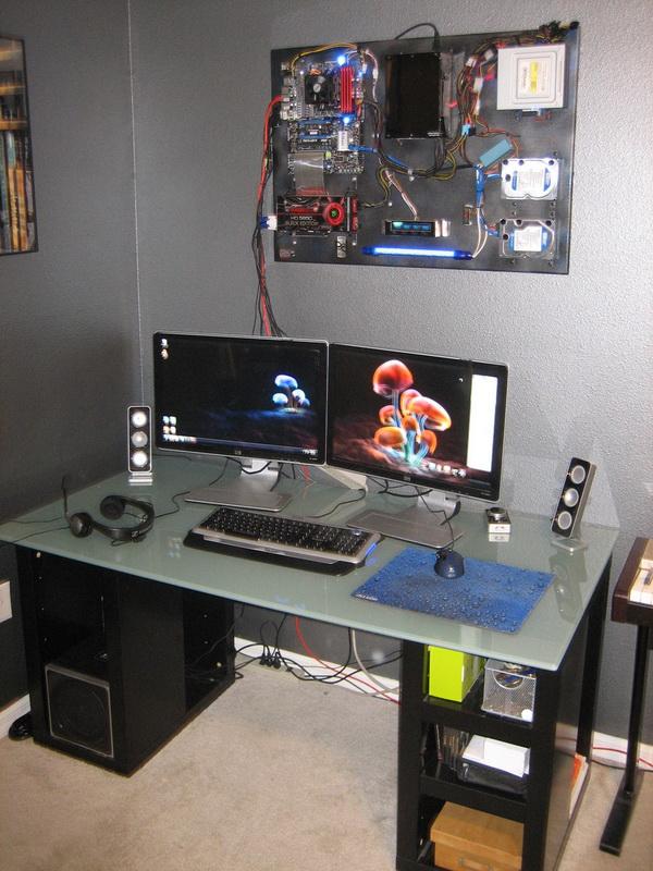 超酷的電腦主機在哪裡?.jpg