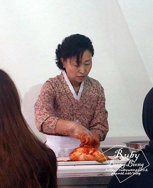 0705_老師做泡菜.jpg