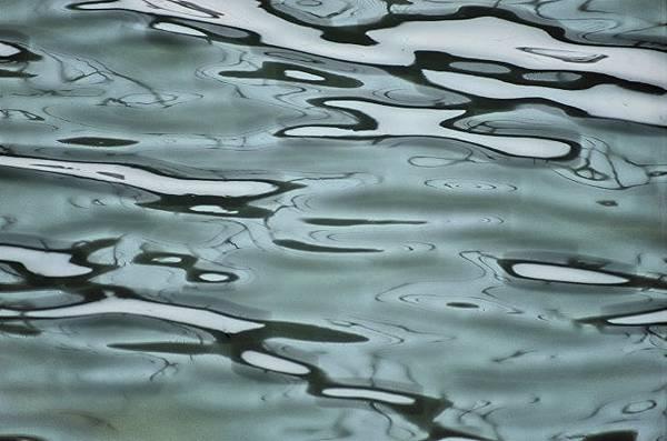 水波.jpg
