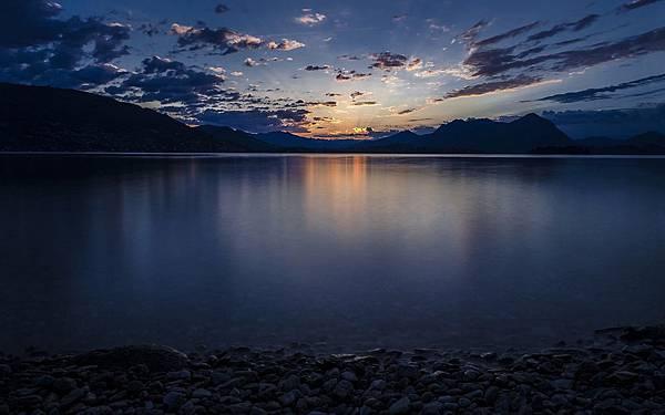 義大利馬焦雷湖.jpg