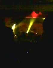 演唱會內部(燈光太暗)