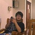 a胖你拿相機發傻了唷
