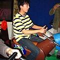 陳昇也騎馬