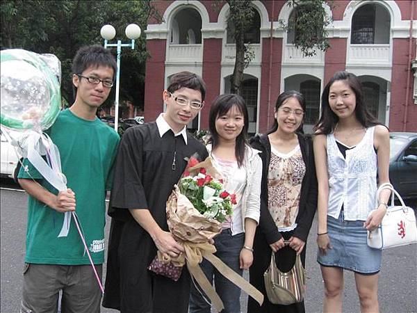 學弟畢業我第一次返校