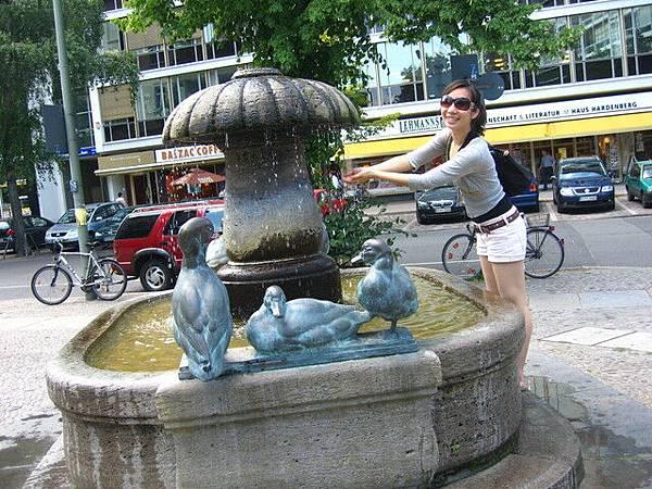 噴泉洗洗手