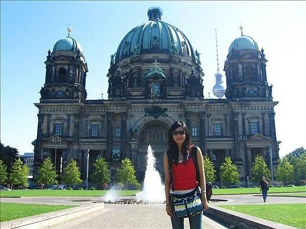 柏林大教堂很雄偉