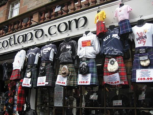 街上都在賣蘇格蘭裙
