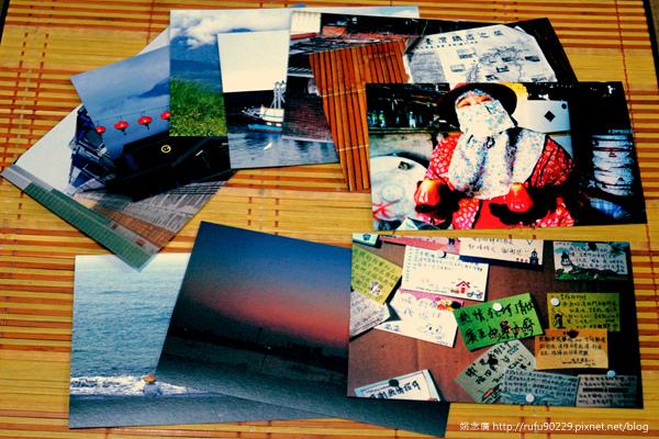 精選十張環島旅途中所拍的照片,製成明信片送給贊助者,可用於收藏或送人。