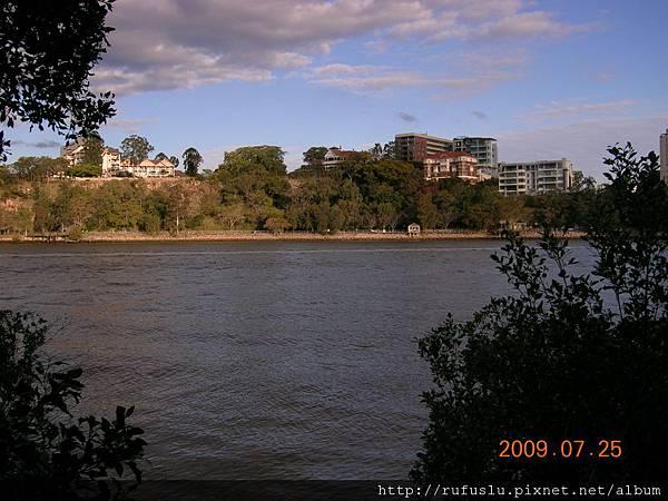 BrisbaneRiver02.JPG