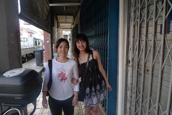 。新加坡。2。