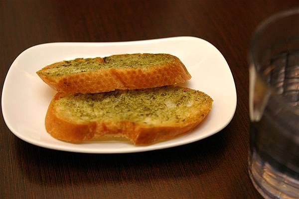 IMGP4441_餐前麵包