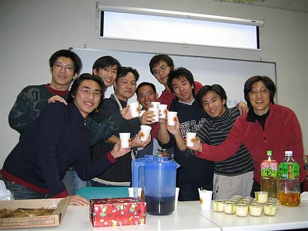 03實驗室耶誕party_02