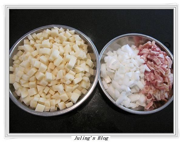 焗烤培根乳酪薯丁做法1.JPG
