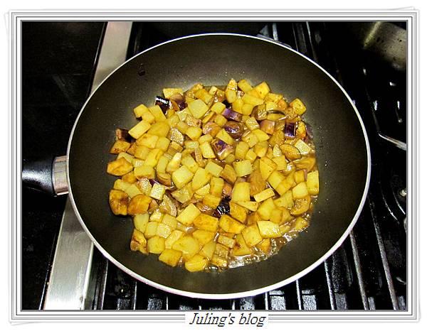 馬鈴薯燜茄子做法8