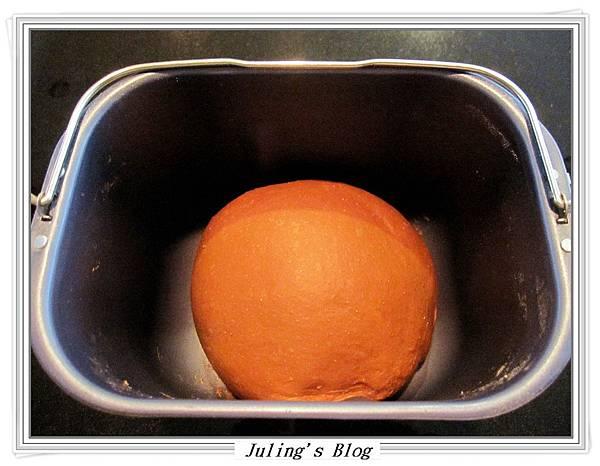 奶油巧克力麵包做法2.JPG