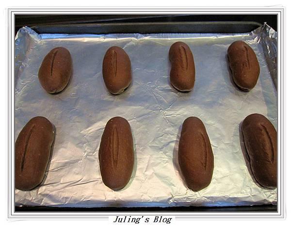 奶油巧克力麵包做法7.JPG