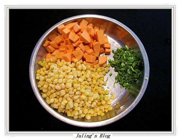 地瓜炒玉米做法1