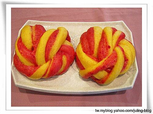 雙色花捲(南瓜、甜菜根)