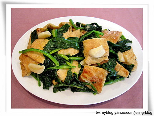 菠菜炒豆包