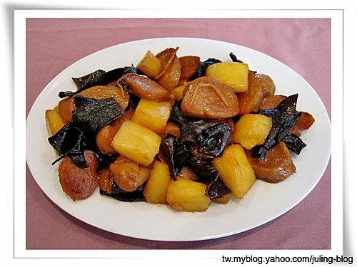 鳳梨木耳炒麵腸