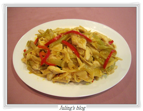 酸菜雞絲燜玉筍