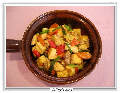 雞腿豆腐煲