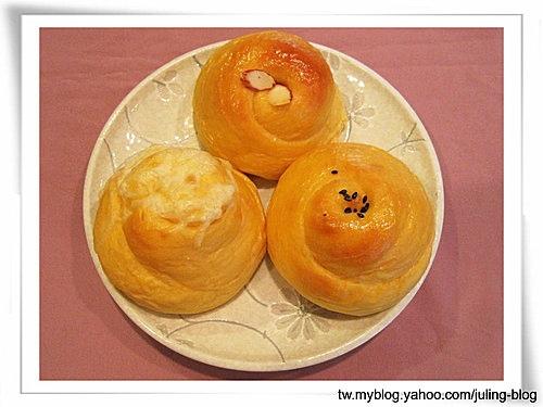 紅薯麵包捲(葡萄乾、蔓越莓、起司)