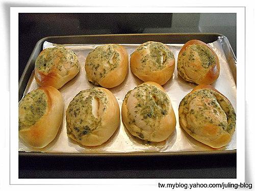 海苔蒜奶麵包