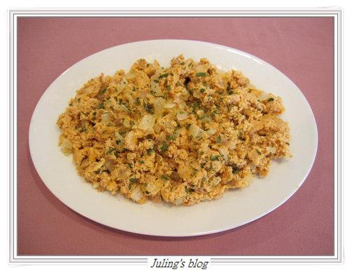 蕃茄醬炒鮪魚蛋鬆
